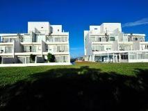 Ocean Paradise Resort: exterior