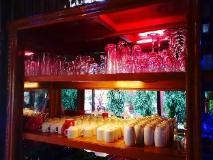 Nay Min Thar Hotel: pub/lounge