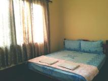 Aekham Guesthouse: guest room