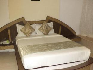 9 Star Hospitality - Powai