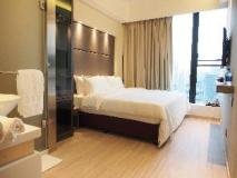 A Hotel: superior king room