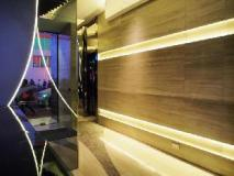 A Hotel: reception
