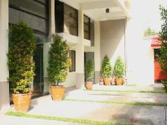 Philippines Hotels   Le Beato Hotel-Style Residences