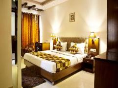 Hotel in India | OYO Rooms Cyber Hub Grand