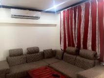 Khamsaner Apartment: guest room