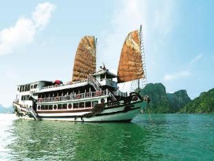 /royal-palace-cruise/hotel/halong-vn.html?asq=jGXBHFvRg5Z51Emf%2fbXG4w%3d%3d