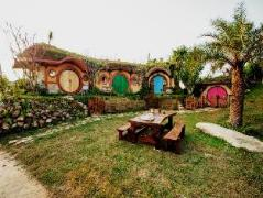 Baan Hobbit | Thailand Cheap Hotels