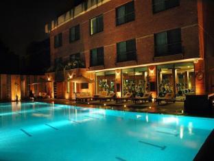 /the-residency-hotel/hotel/lahore-pk.html?asq=vrkGgIUsL%2bbahMd1T3QaFc8vtOD6pz9C2Mlrix6aGww%3d