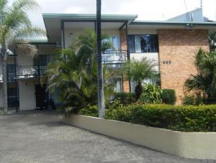 Palm Court Holiday Apartments Hervey Bay