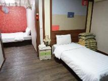 Goodstay E Hotel: guest room