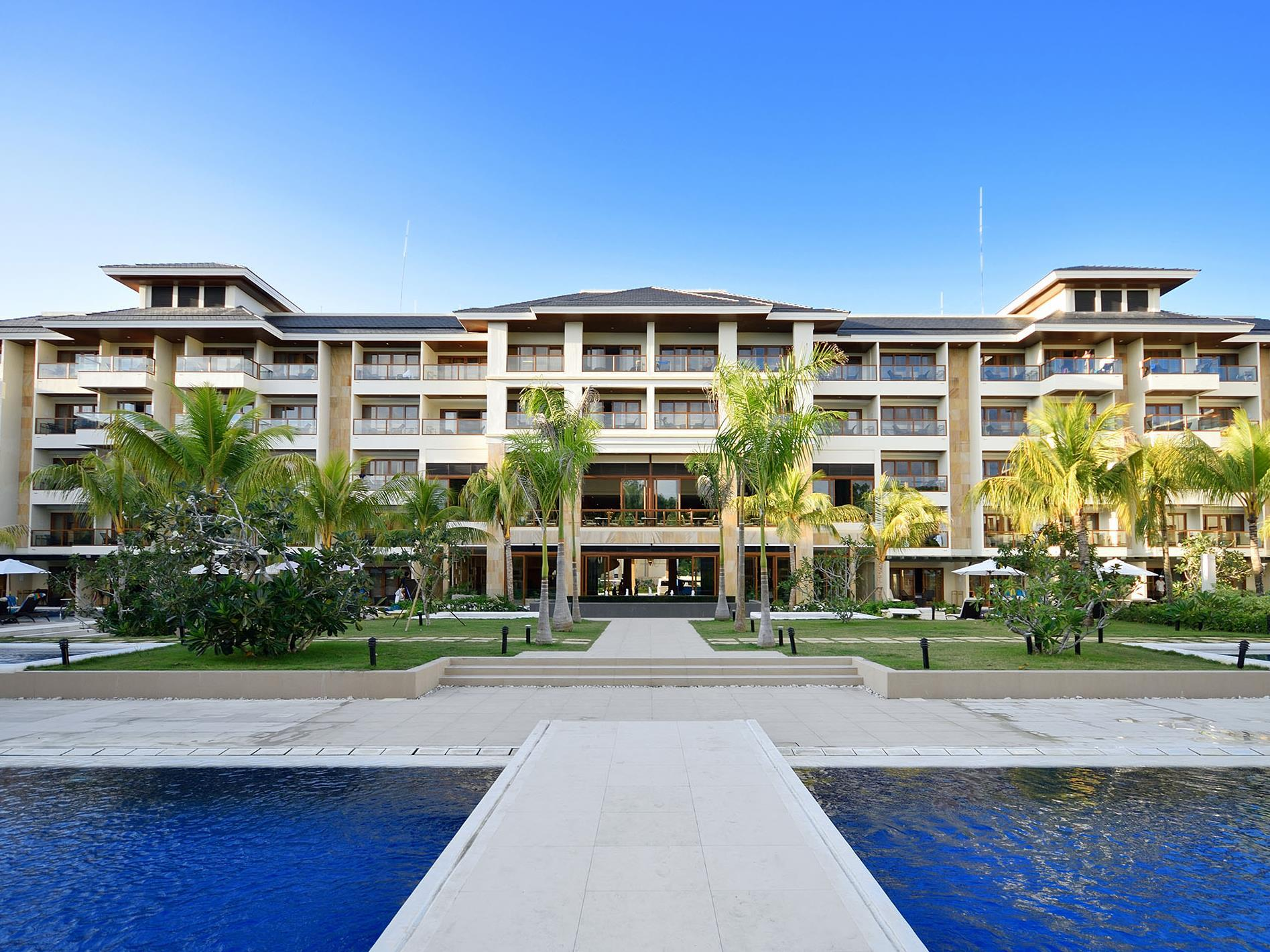 Henann Resort Alona Beach0