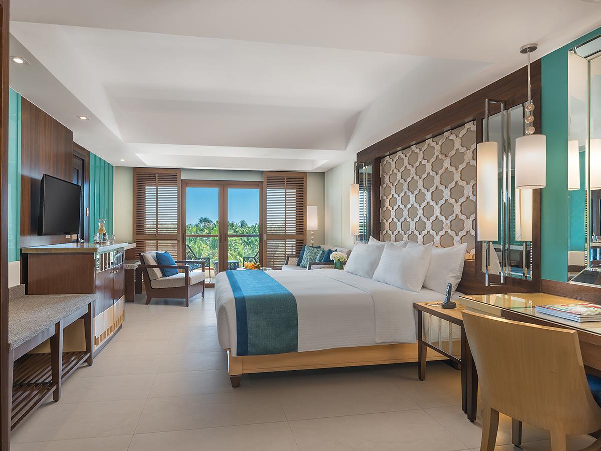 Henann Resort Alona Beach7