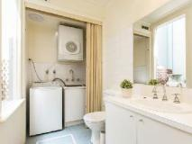 Apartment2c Tribeca: bathroom