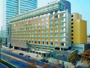 /radisson-blu-centrum-hotel/hotel/warsaw-pl.html?asq=jGXBHFvRg5Z51Emf%2fbXG4w%3d%3d