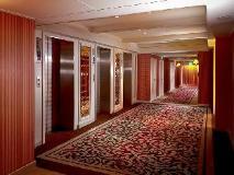 Kingdom Hotel: interior