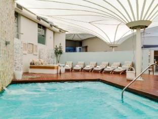 Radisson Blu Waterfront Cape Town Cape Town - Amani Spa Vitality Pool