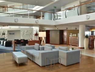 Radisson Blu Waterfront Cape Town Cape Town - Hotel Lobby