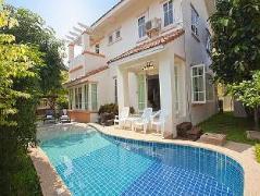 Villa Bliss Jomtien | Thailand Budget Hotels