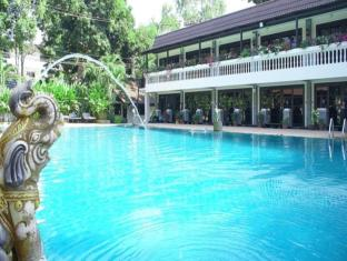 Royal Orchid Resort