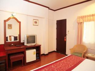 Sabai Lodge Hotel Pattaya - Deluxe B Double Bed