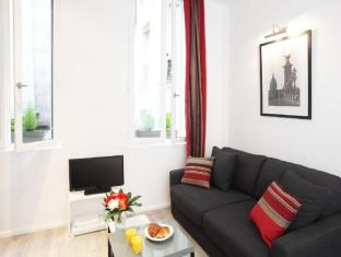 Luxury Junior Suite in Le Marais