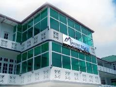 Fairmont Hotel Nuwaraeliya | Sri Lanka Budget Hotels