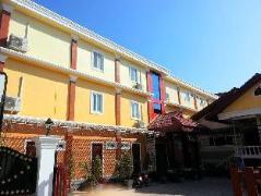 Oulayphet Hotel Laos