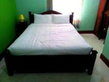 Oulayphet Hotel: guest room