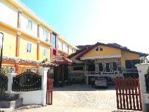 Oulayphet Hotel: exterior