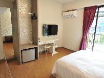 EZbookers Fuxing B Hotel: guest room