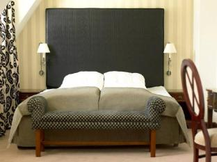 First Hotel Mayfair Copenhagen - Guest Room