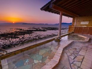 /wakayama-kada-hot-spring-kada-kaigetsu/hotel/wakayama-jp.html?asq=jGXBHFvRg5Z51Emf%2fbXG4w%3d%3d