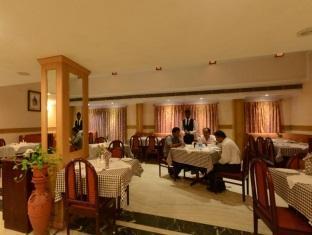 Royal Regency Hotel Chennai - Restaurant