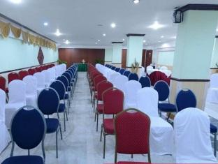 Royal Regency Hotel Chennai - Conference Hall