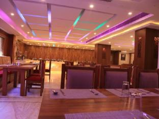 Royal Regency Hotel Chennai - Restaurant