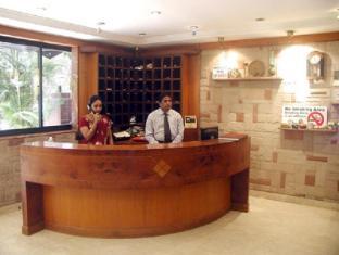 Hotel Supreme Mumbai - Reception
