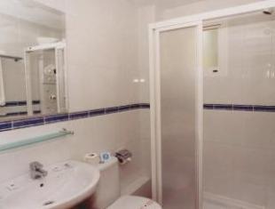 /elegance-adriano/hotel/torremolinos-es.html?asq=jGXBHFvRg5Z51Emf%2fbXG4w%3d%3d