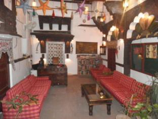 /castle-view-home-stay/hotel/jodhpur-in.html?asq=jGXBHFvRg5Z51Emf%2fbXG4w%3d%3d