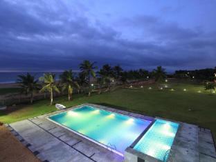 /the-ashok-beach-resort/hotel/pondicherry-in.html?asq=jGXBHFvRg5Z51Emf%2fbXG4w%3d%3d