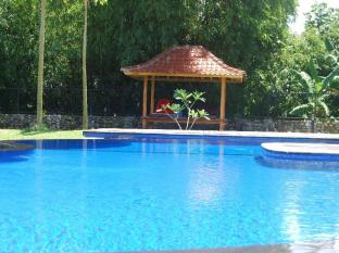 Pondok Anggrek Putih Homestay