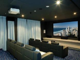 Artique Surfers Paradise Resort Gold Coast - Private Theatrette