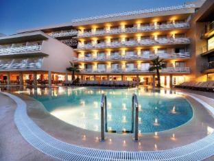 /hotel-barcelo-cala-vinas/hotel/majorca-es.html?asq=vrkGgIUsL%2bbahMd1T3QaFc8vtOD6pz9C2Mlrix6aGww%3d