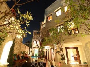 At Niman Conceptual Home Chiang Mai - Exterior