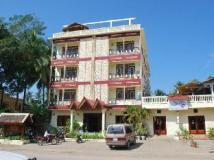 Rama Hotel: exterior