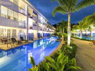 Oaks Lagoons Hotel