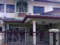 Cheap Hotels in Malacca / Melaka Malaysia | Baba Vacation Home
