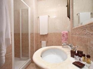 Viminale Hotel Rome - Badkamer