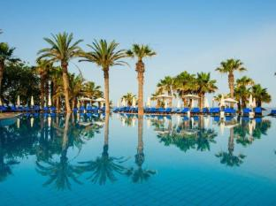 /azia-resort-and-spa/hotel/paphos-cy.html?asq=vrkGgIUsL%2bbahMd1T3QaFc8vtOD6pz9C2Mlrix6aGww%3d