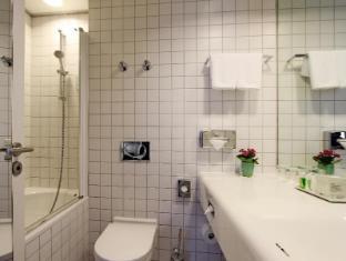 อาร์โคเทล เวลเวทเบอร์ลิน เบอร์ลิน - ห้องน้ำ