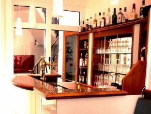 SensCity Hotel Berlin Spandau Berlin - Pub/Lounge